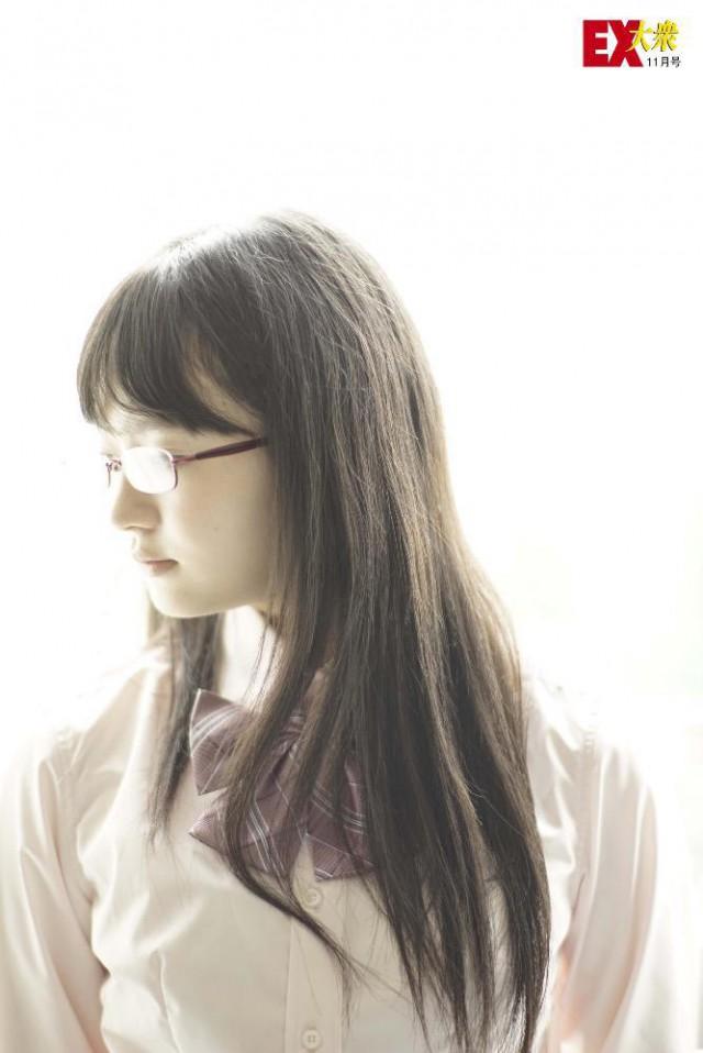 江籠裕奈_01