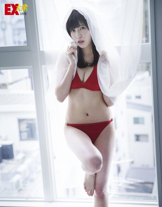 吉田朱里_07