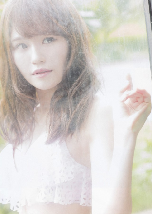 込山榛香_04