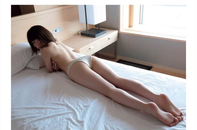 峯岸みなみ_06