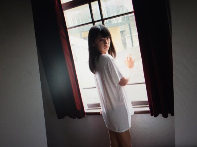 小嶋真子_01
