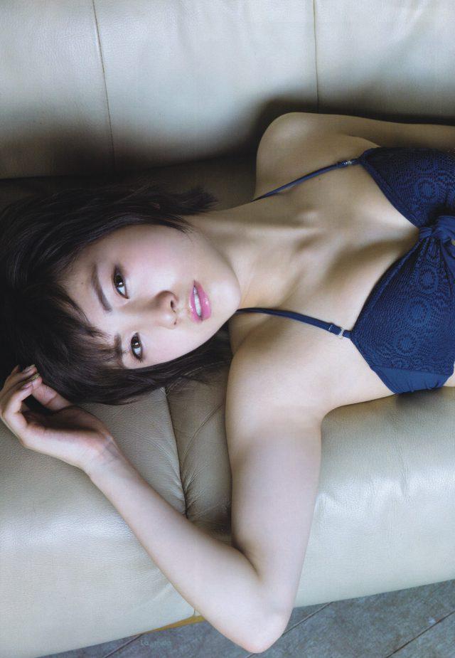 岡田奈々_03