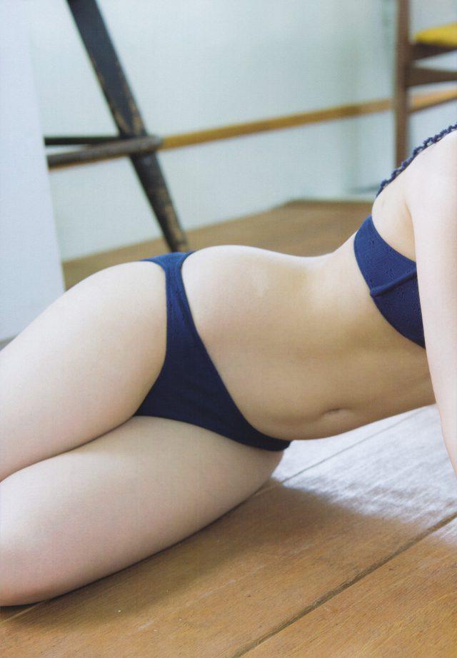 向井地美音_07
