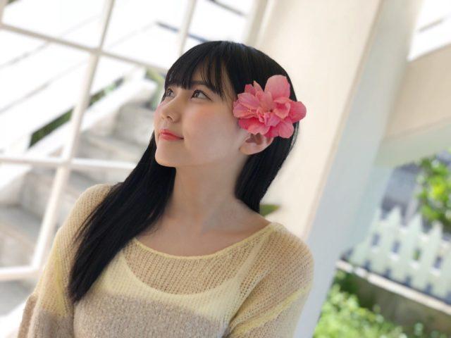 ピンクのお花と田中美久