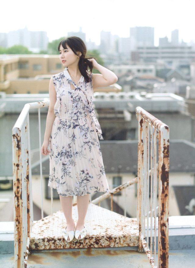 花柄ワンピースの田中美久