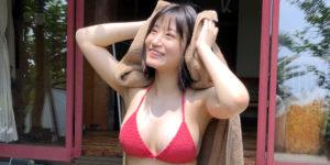 NMB48上西怜ちゃんの『ヤングマガジン 2019年42号』水着グラビアオフショット!