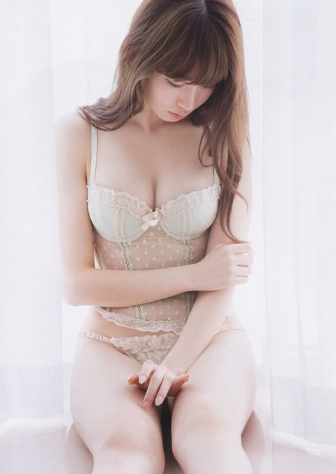 小嶋陽菜_05